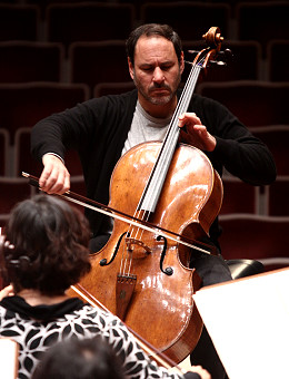 夫曼诠释艾尔噶E小调大提琴协奏曲.-新网专题 悲观棱镜折射下的世